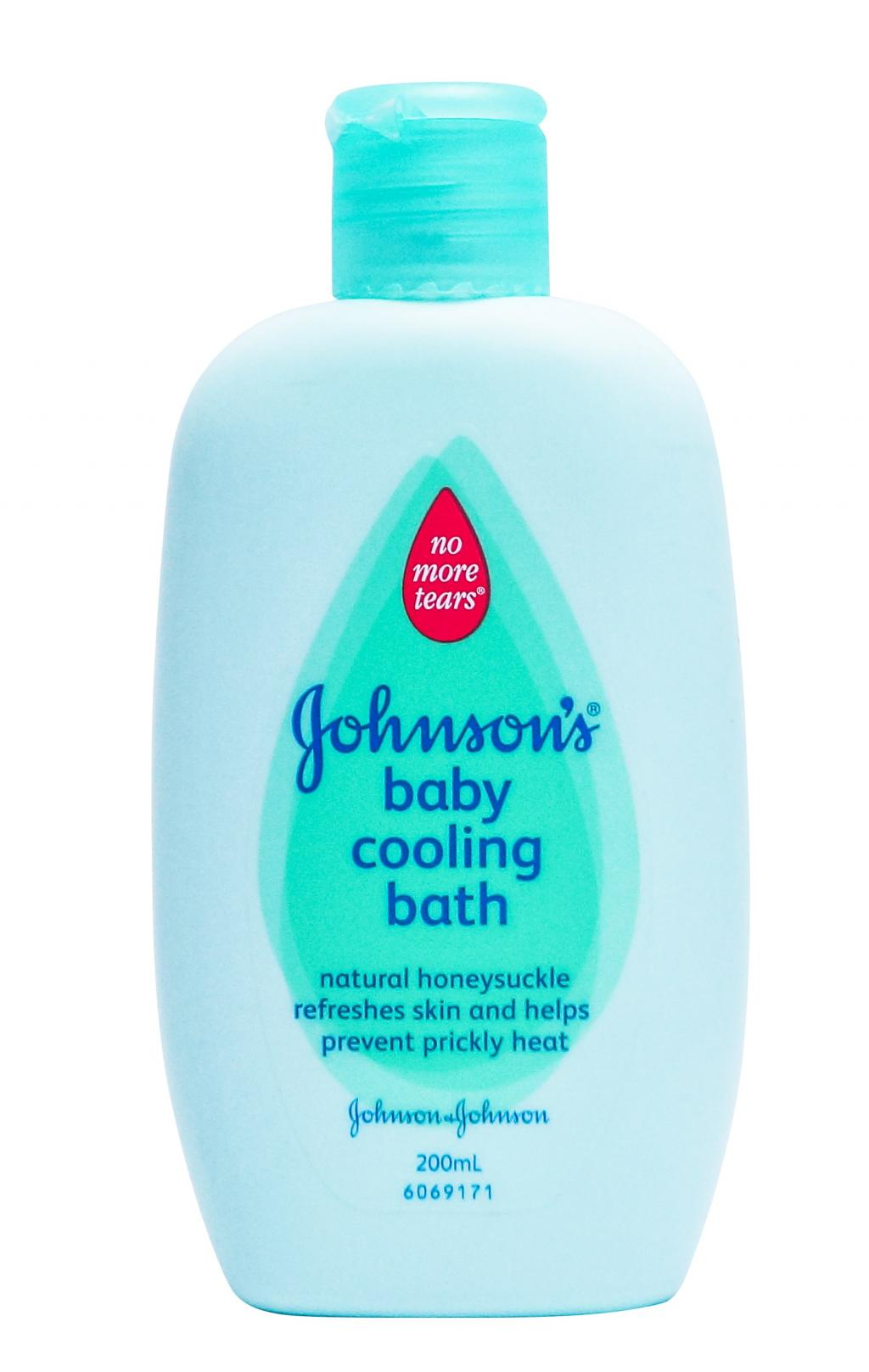 JOHNSON'S® baby cooling bath